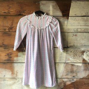 Vintage Lanz of Salzburg Girl's Size 5 Nightgown